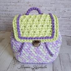 Рюкзак из трикотажной пряжи